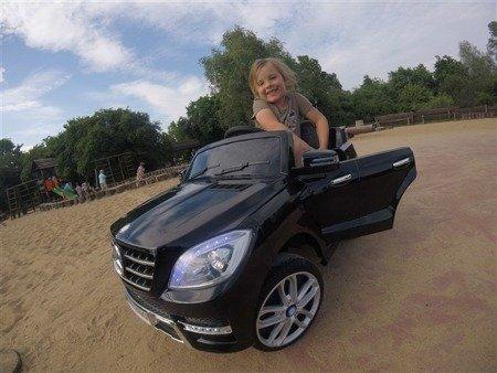 Auto na akumulator Mercedes ML350 AMG czarny lak.